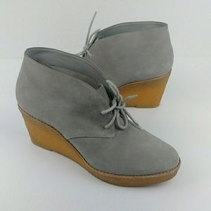 Cole Haan Halley Chukka Boots Wedges Suede   Gray